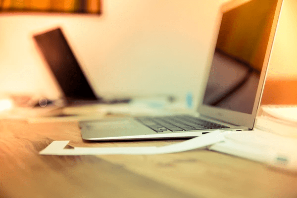 PINK na bieżąco analizuje pojawiające się projekty dokumentów.